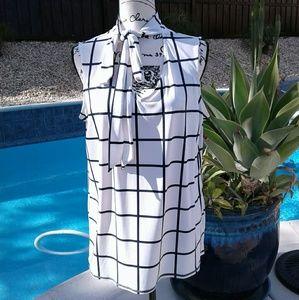 Sleeveless blouse top